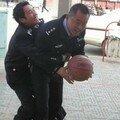 basket chez les flics