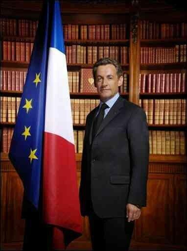 Diffusion de la photo officielle du président Nicolas Sarkozy