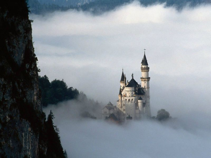 Fairy-Tale-Castle-fairy-tales-and-fables-5123629-1600-1200