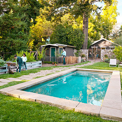 vacationland_sonoma_house_front_yard_pool_garden_0212_l_1_