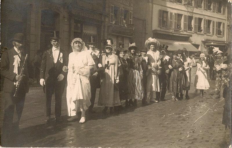 1922 03 26 Belfort CPhoto Mi carême Noce des Forges Fbg France