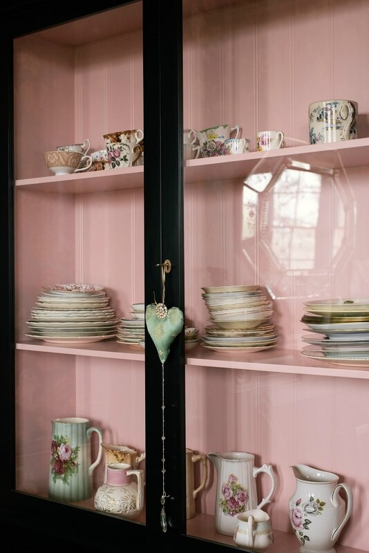 9_-The-Curiosity-Cupboard-by-deVOL-in-Pearl-Lowes-fabulously-glamorous-dining-room-5