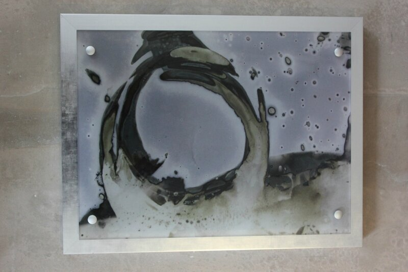 Woman frame on plexi and metal frame 95X65 cm