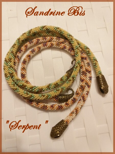 Collier Crochet Serpent
