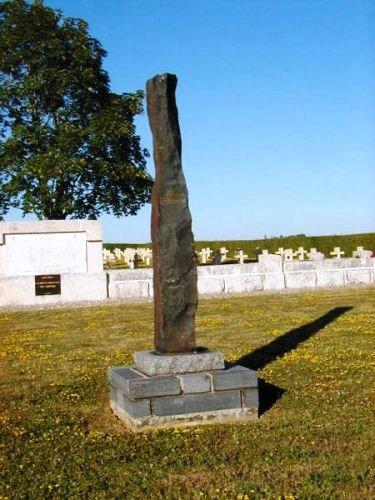 Courbesseaux Pentecôte 1935 monument aux morts