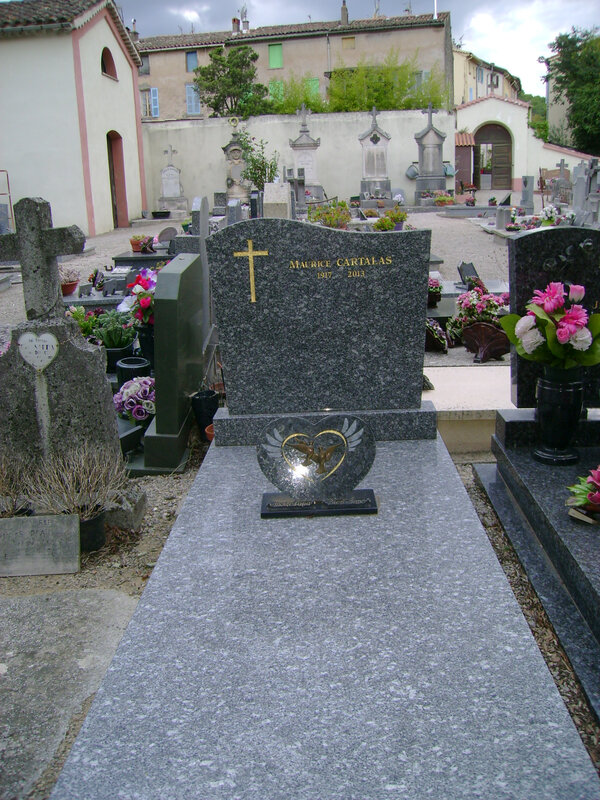 204 - Tombe de Maurice Cartalas