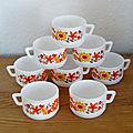 8 tasses à café en arcopal / fleurs 'flore'