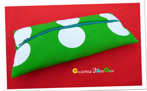 trousse_plate_vert_a_pois_relief_13
