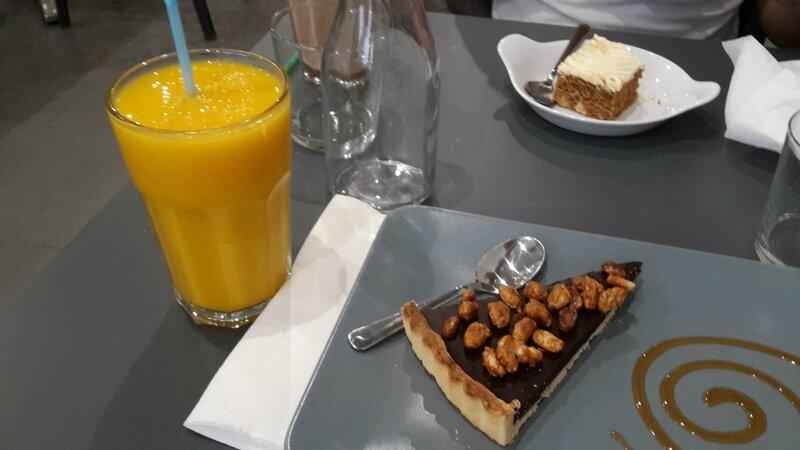 Tarte au chocolat & smoothie mangue