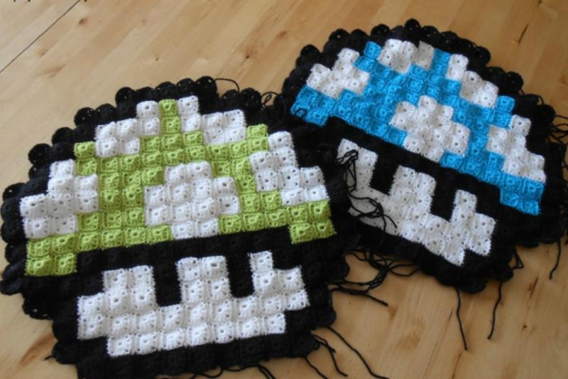 04-Pixel toads vert & bleu