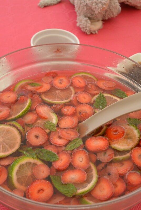 sangria à la fraise et au citron vert