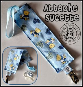 attache sucette bleu ourson