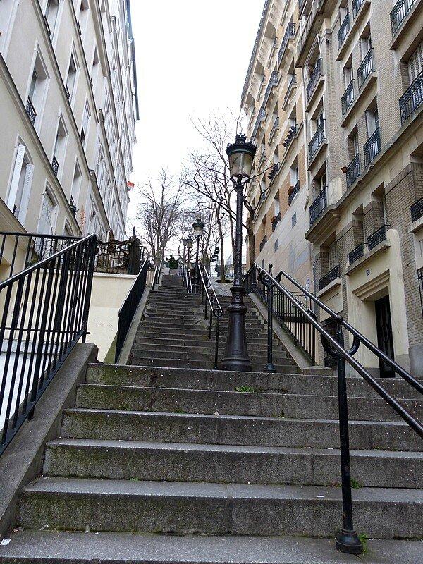 les escaliers de la butte M18 1