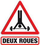 ATTENTION 2 ROUES