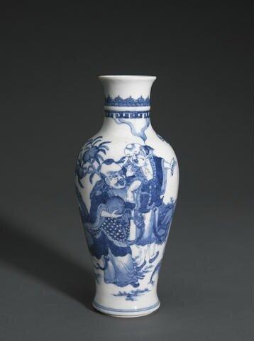 A small blue and white baluster vase, Kangxi. Photo Bonhams.