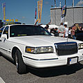 LINCOLN Towncar 4door Sedan Sinsheim (1)
