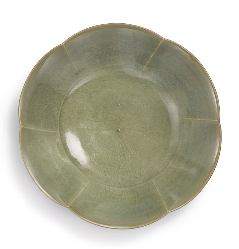 A 'Yaozhou' foliate-rim dish, Northern Song dynasty (960-1127)