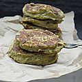 Galettes de brocolis au pesto de pistache