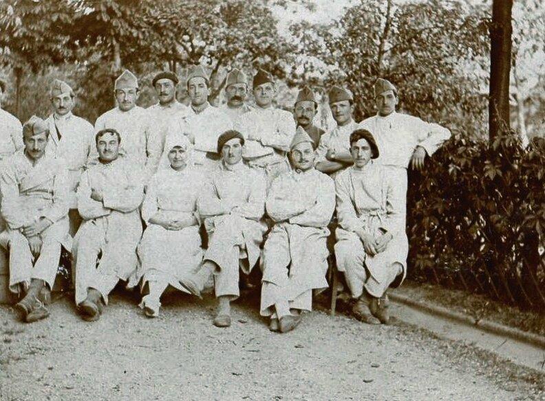 groupe malades St-Avold mai 1919