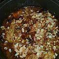 Tajine de poulet aux pruneaux, abricots, figues et amandes