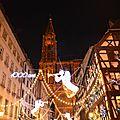 La cathédrale de strasbourg fête ses 1000 ans au milieu des touristes