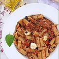 Rigatoni aux tomates, aubergines & mozzarella (jamie oliver)