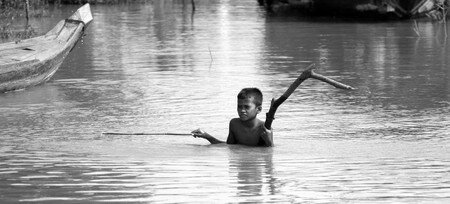 Boy_in_the_water