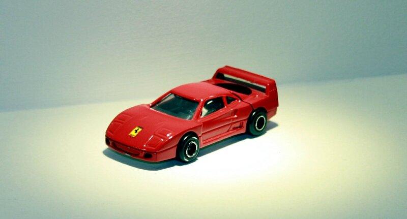 Ferrari F40 (Majorette) 01