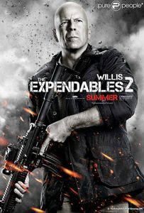 904272-sylvester-stallone-dans-expendables-2-637x0-2