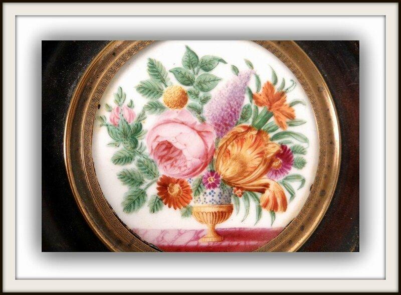 0 miniature-peinte-porcelaine-bouquet-fleurs-vase-charles-x-xixeme-siecle