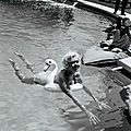 jayne_bikini_red-1958-05-cannes-by_philippe_le_tellier-01-5
