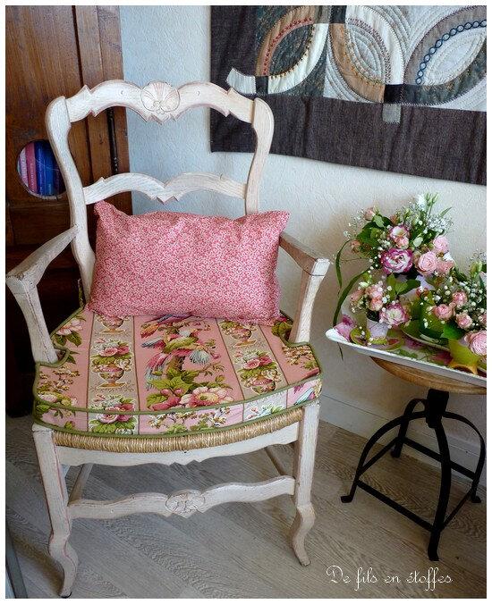 Ensemble coussin et galette de chaise