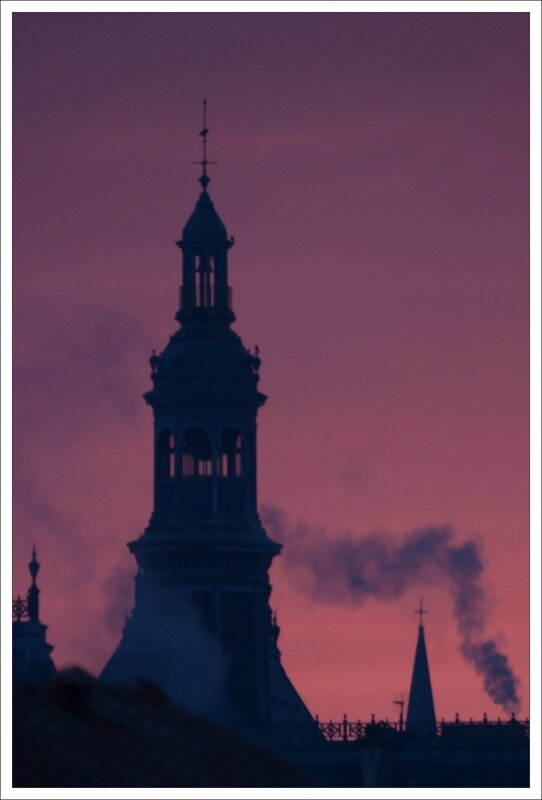 ville lulu matin rouge fumee 141113