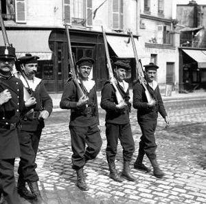 Fusiliers_Paris_02
