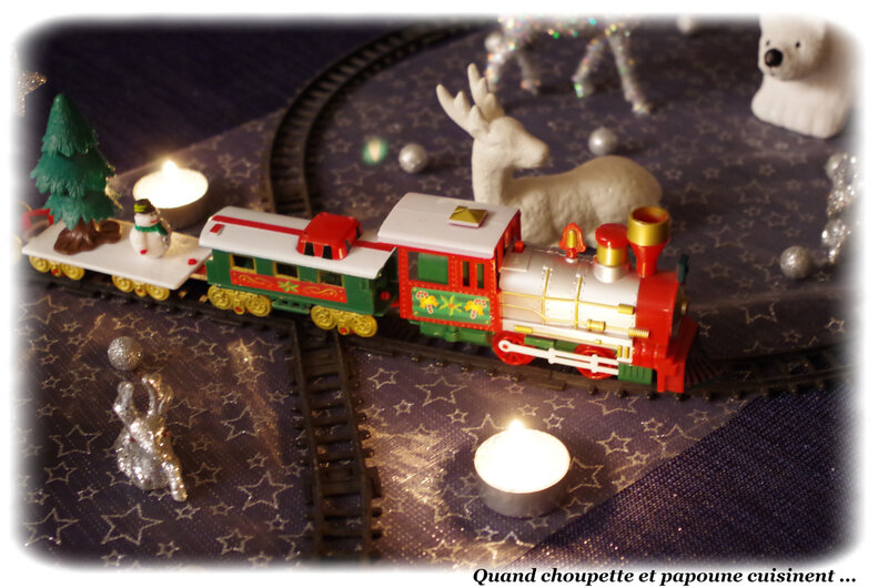 Ma table Train de Noël-7240