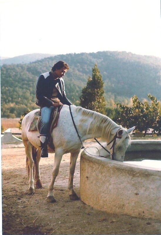 A cheval2