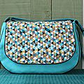 sac bleu triangle moutarde