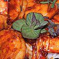Crevettes caramélisées au sésame et à la menthe bergamote