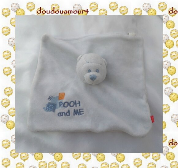 Doudou Plat Carré Winnie l'ourson Bleu Pooh and me Disney Carrefour