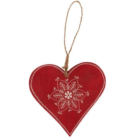 scandi-christmas-red-heart-tree-decoration-housetohome