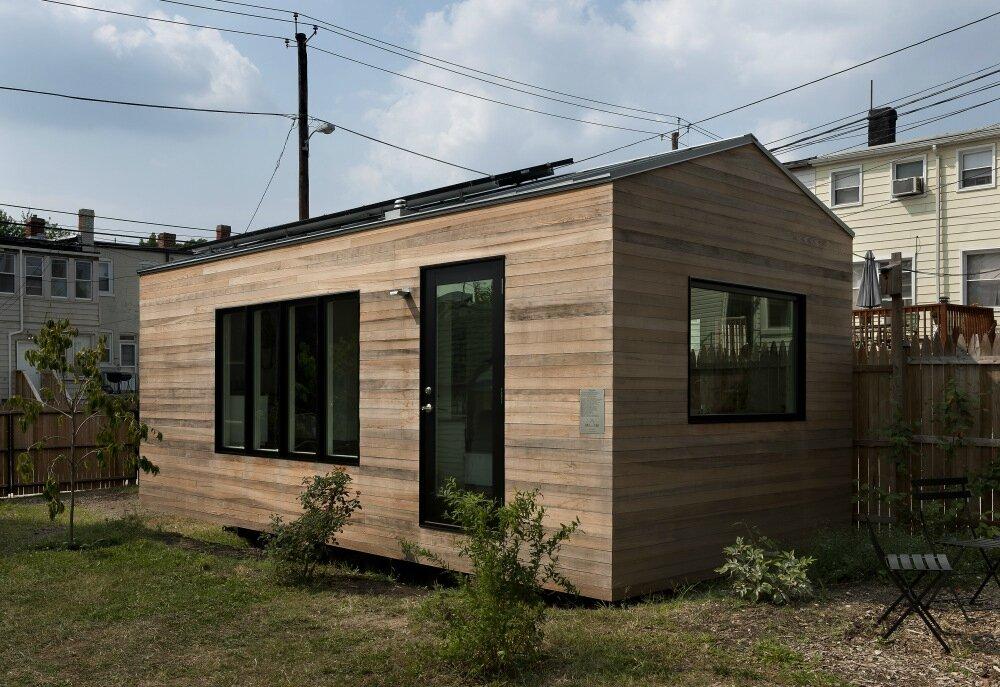 la decobelge architecture une toute petite maison en attendant mieux el 39 lef bien. Black Bedroom Furniture Sets. Home Design Ideas