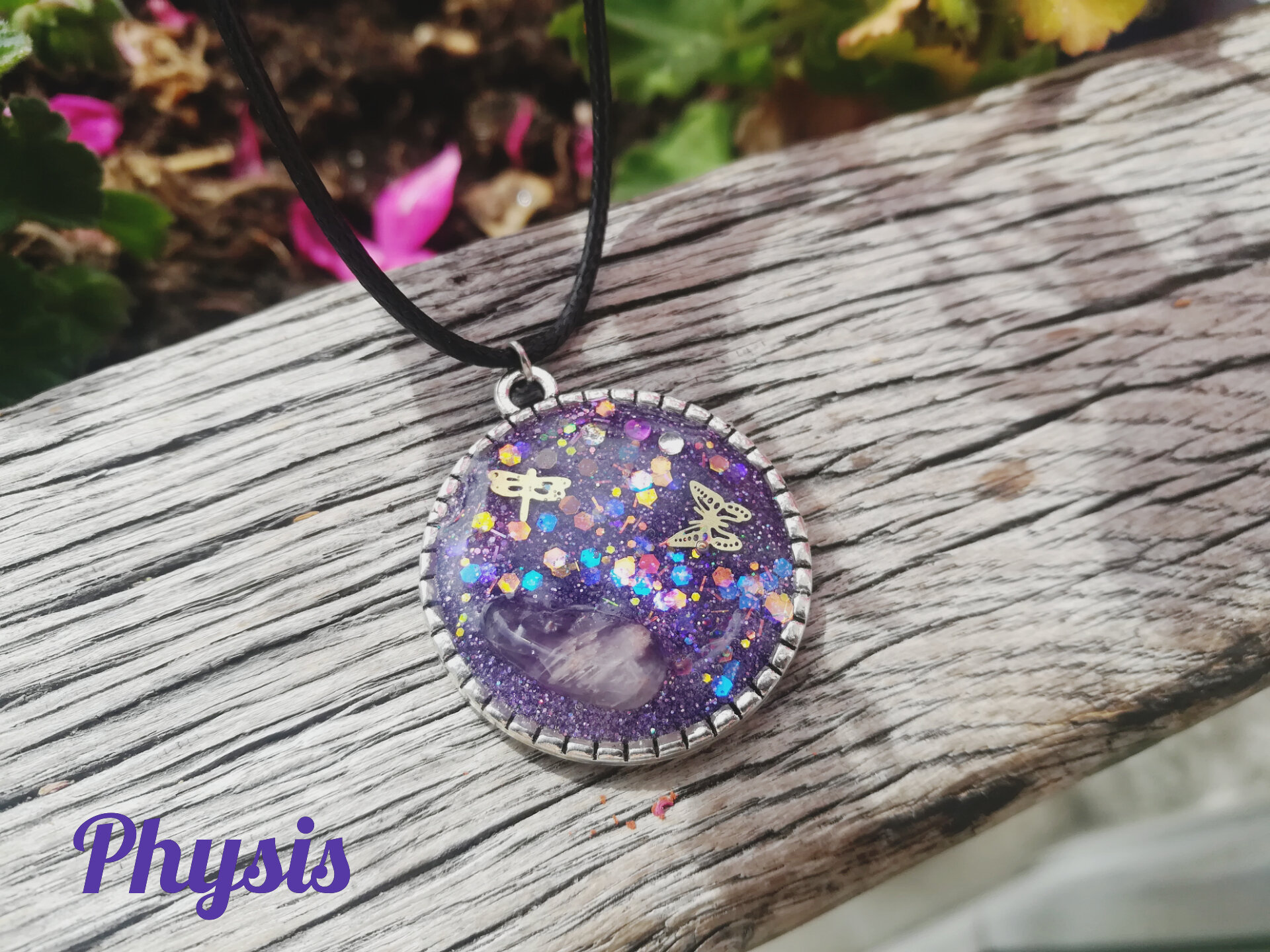 Collier PHYSIS
