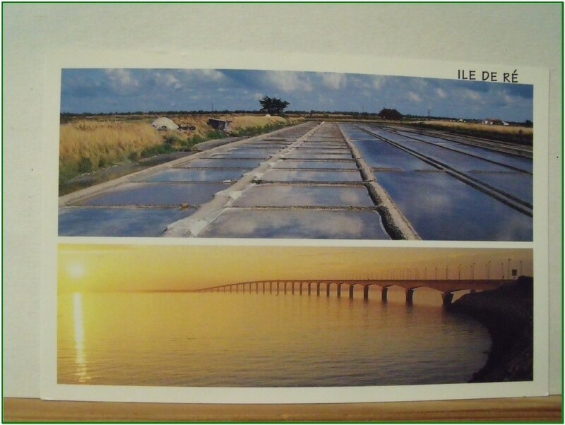 Ile de ré - marais salants et pont de l'ile - datée 2007
