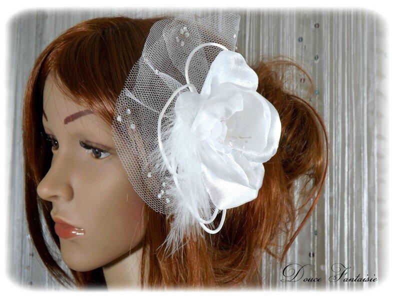 peigne de mariée fleur plume tulle