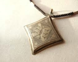 magic-talisman-to-attract-love