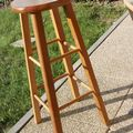 Before / after : from bar stool to guitar stool - du tabouret de bar au tabouret de guitare