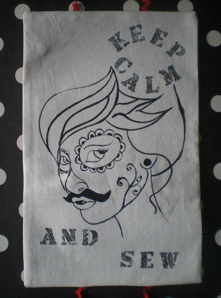 dame-moustache-couture-trousse-diy-nécessaire-couture-vintage-illustration-keep-calm-and-sew