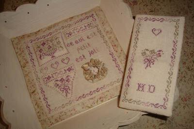 Little stitcher's tray