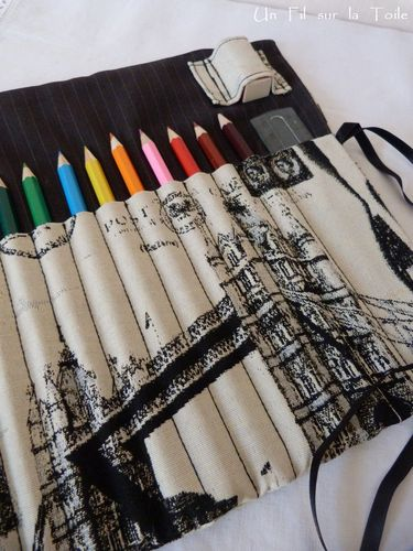 2013 02 Pochette à crayons London