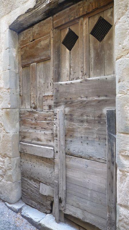 Porte dans la Cavalerie